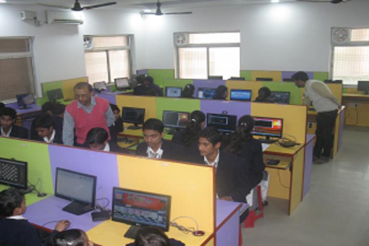Navyug Vidyalaya-Computer Lab