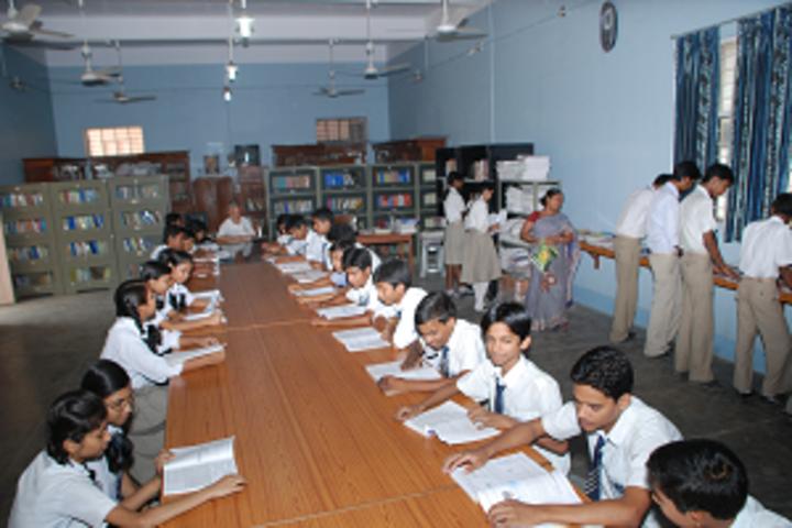 Navyug Vidyalaya-Library