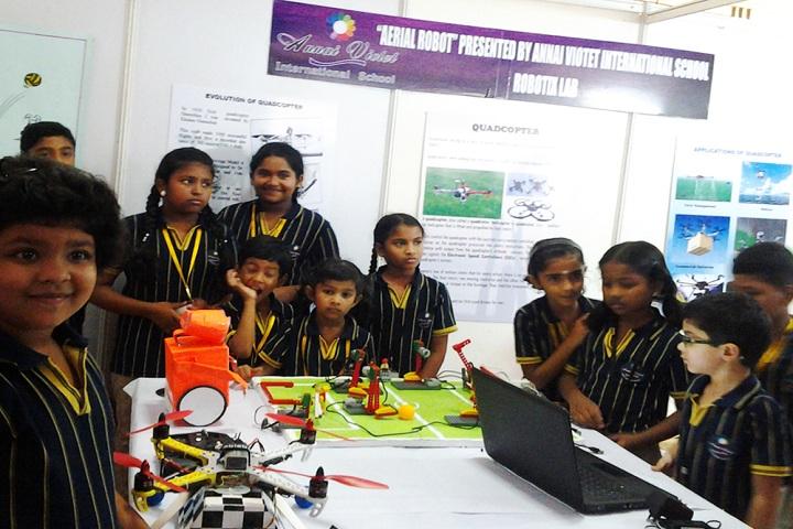 Annai Violet International School-Robotics lab