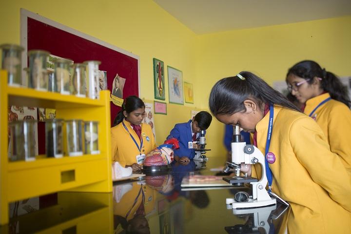 Anugraha Mandhir-Biology-Lab