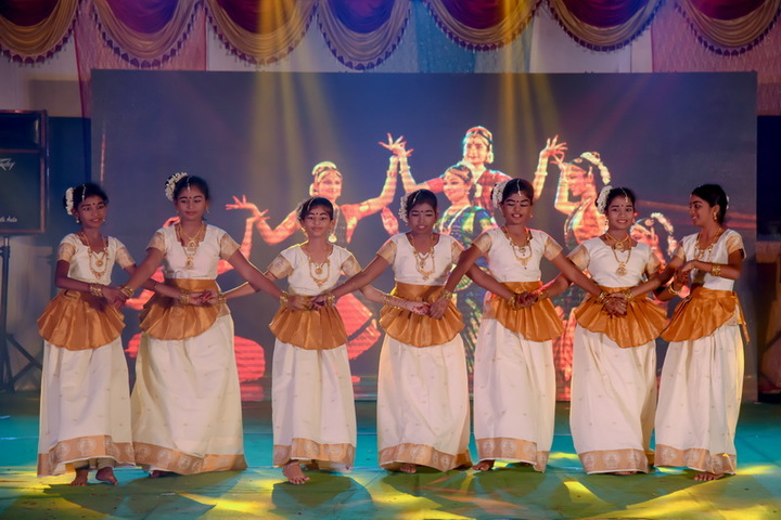 Arya Vidhyasshram International Residential School-Dance