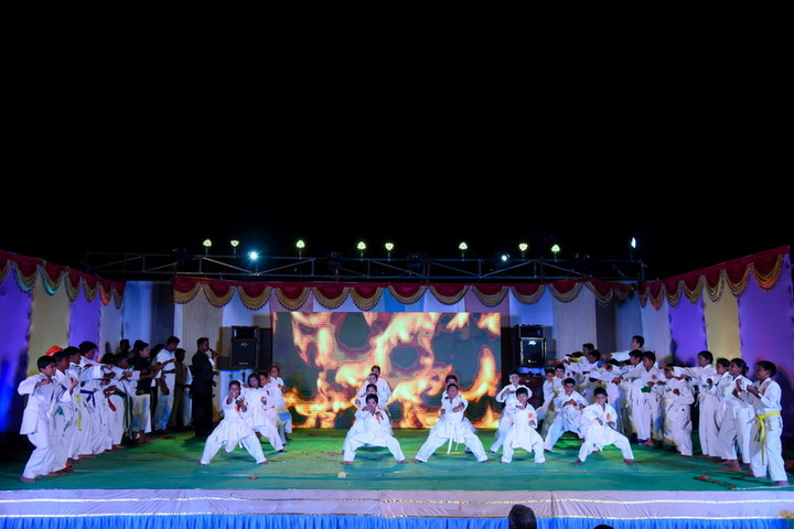 Arya Vidhyasshram International Residential School-Farewell