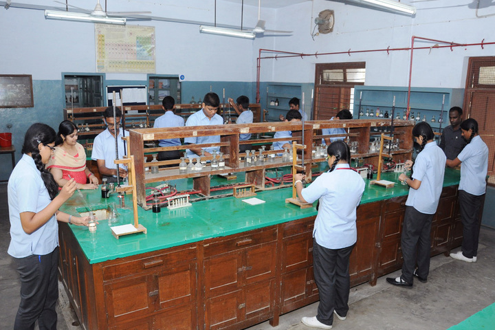 Asan Memorial senior secondary School-Laboratory