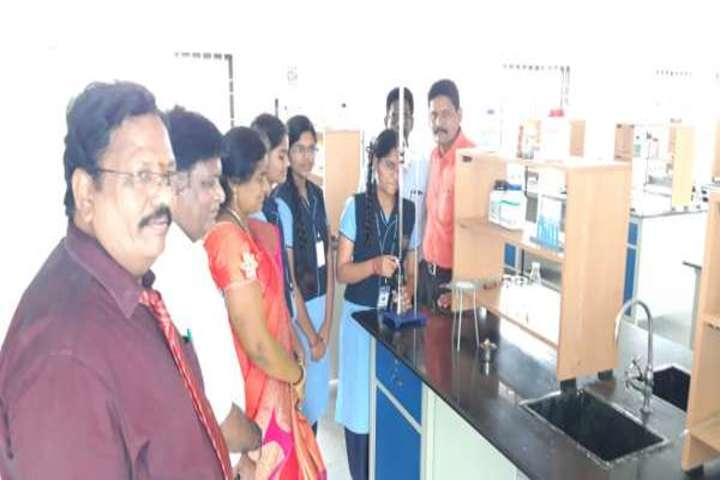 Bharat International School-Chemistry Lab
