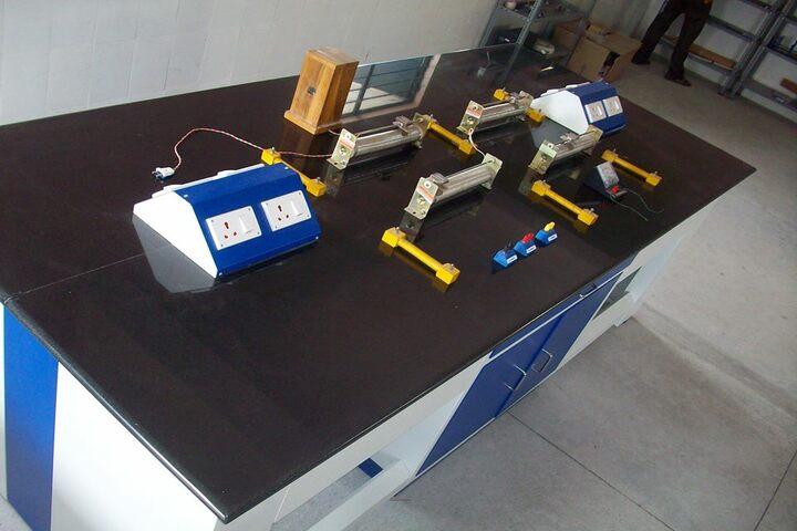 Cambridge Public E-School-Science Lab