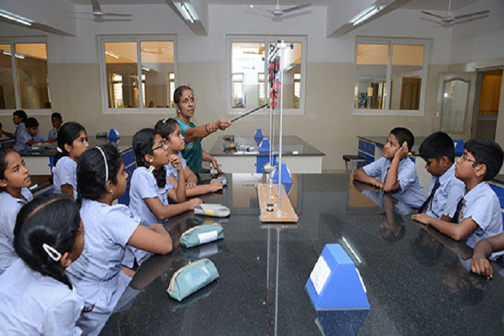 Chandrakanthi Public School - Lab
