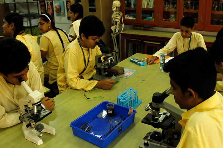 Chettinad Vidyashram-Biology Lab