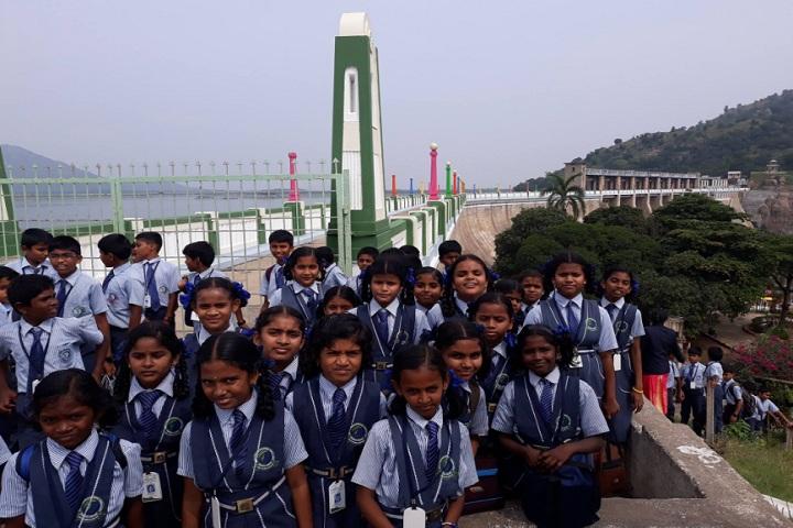 Dheeran Chinnamalai International Residential School-Educational Tour