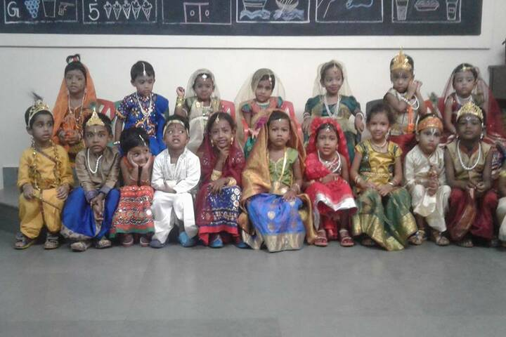 GRT Mahalakshmi Vidyalaya-Fancy Dress