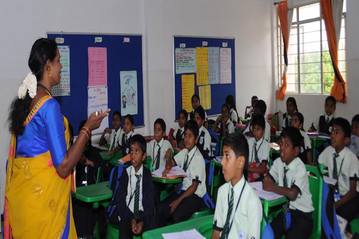 Ideal Mount Litera Zee School-Classroom