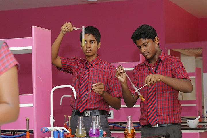 Indu International School-Laboratory