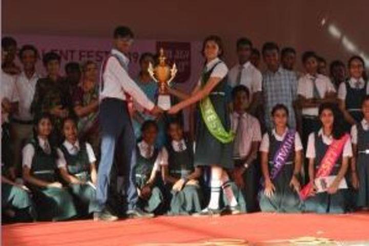 Kamala Niketan Montessori School-Award Receiving