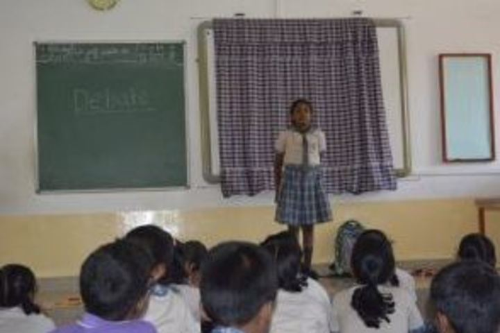 Kamala Niketan Montessori School-Debate