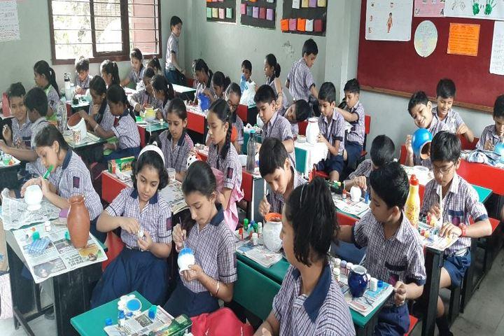 Kola Sarswathi Vaishnav Senior Secondary School-Art and Craft