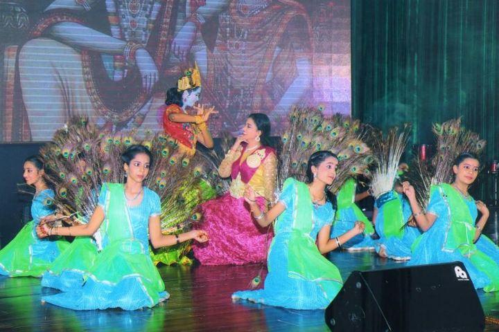 Kola Sarswathi School-Dance