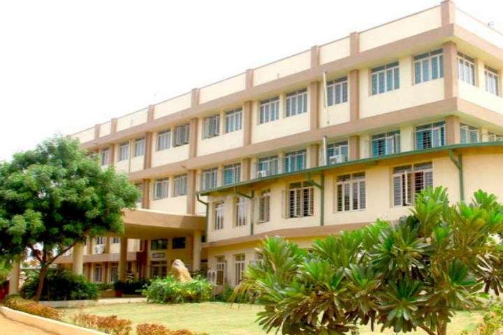 Lalaji Memorial Omega International School-School campus