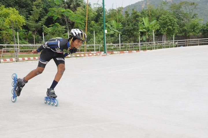 Maharishi Vidya Mandir-Skating
