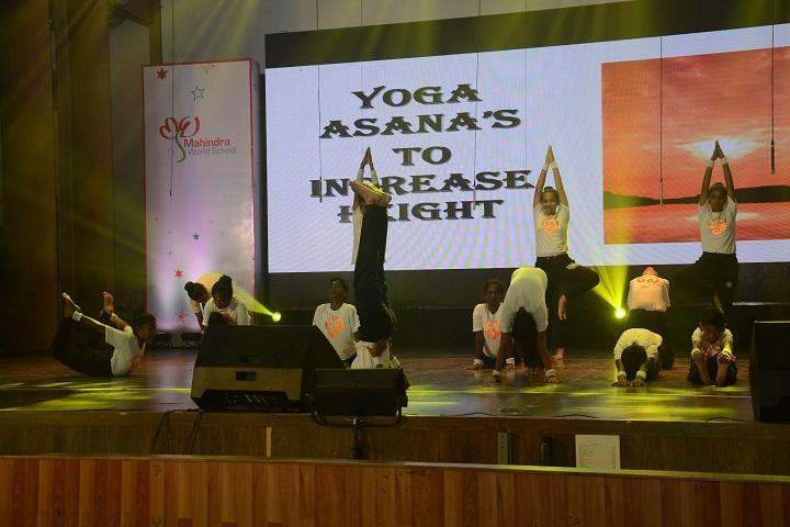 Mahindra World School-Yoga