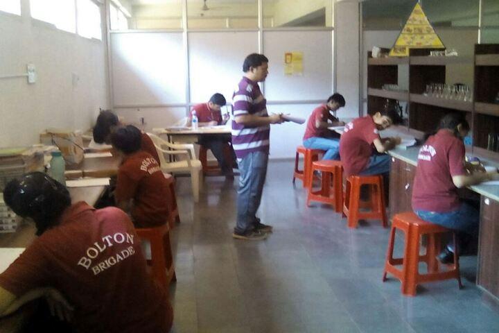 Bolton School-Lab Activity
