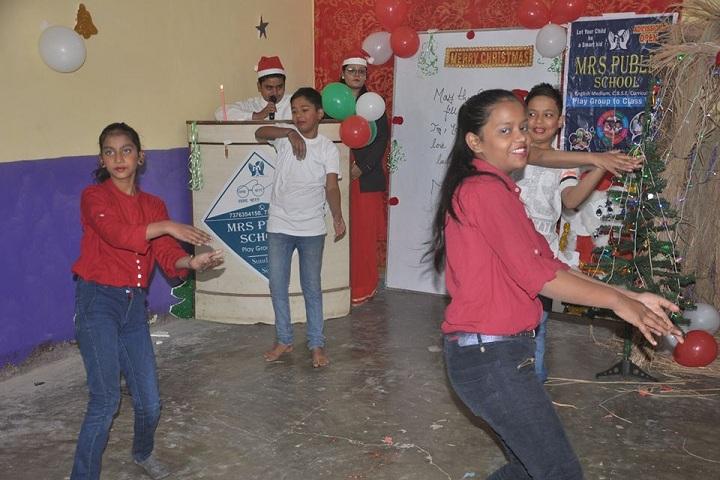 Mrs Public School-Dance