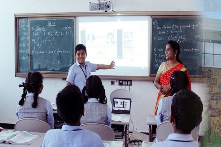 Muthamil Public School-Smart Classrooms