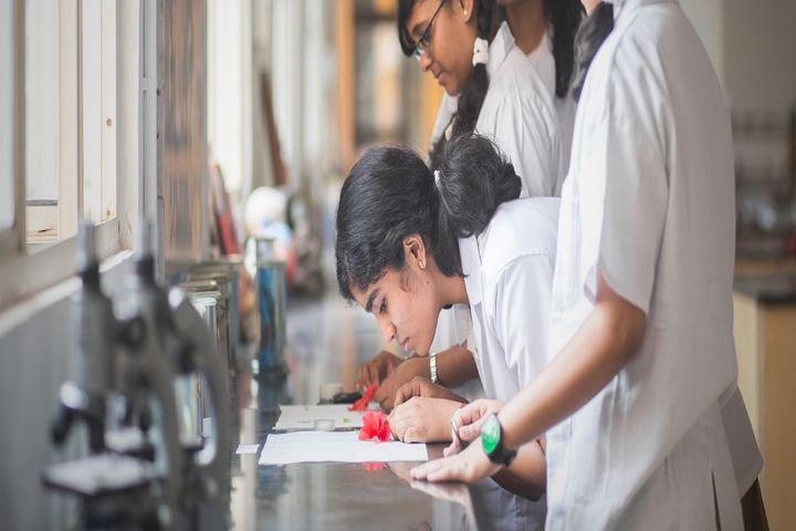 National Public School-Biology Lab