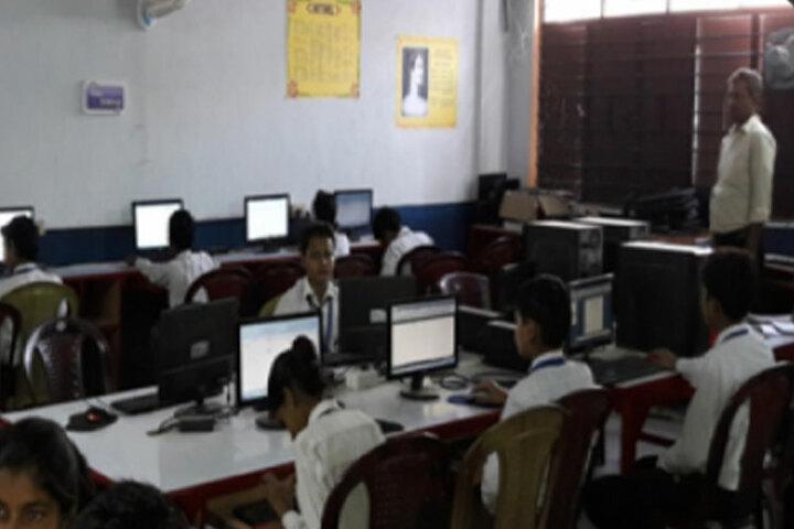 Patna Doon Public School-Computer Lab