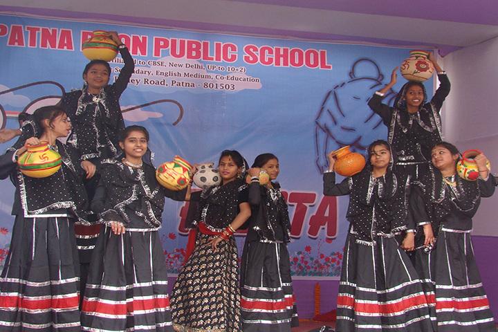 Patna Doon Public School-Dance