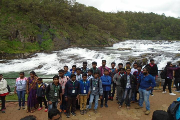 Peace On Green Earth Public School-Feild Trip
