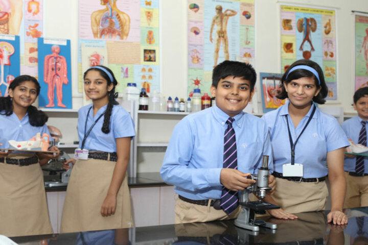 Podar International School-Science Lab