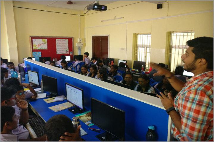 Pushpalata Vidya Mandir-Computer Lab