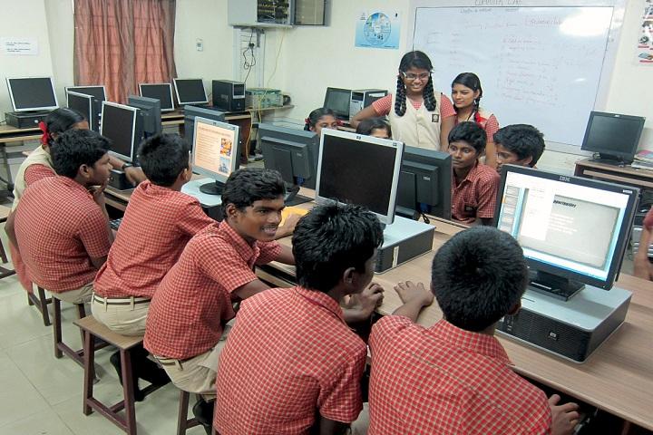 Ramana Vidyalaya-computer lab
