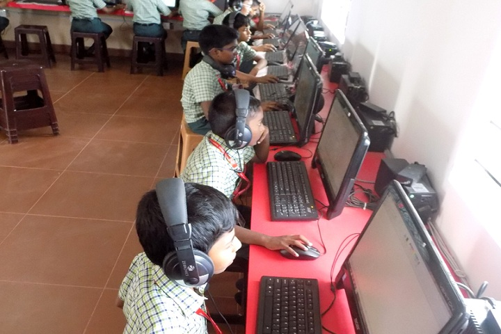 Rose Mary Ideal Public School-Computer lab