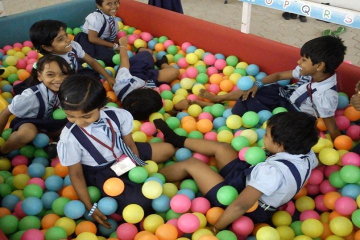 Santhanam Vidhyalaya-Play Room