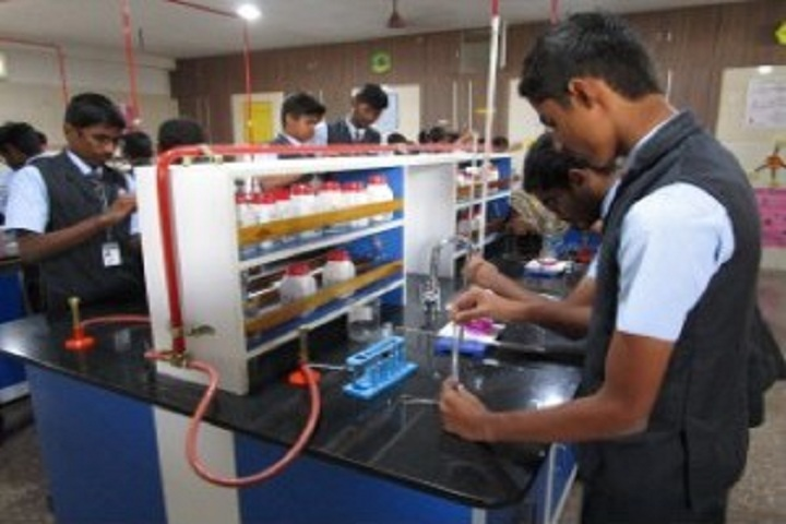Saratha International School-Chemistry Lab