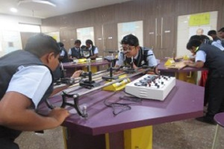 Saratha International School-Physics Lab