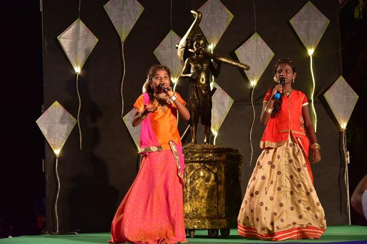 SAV Balakrishna School-Singing