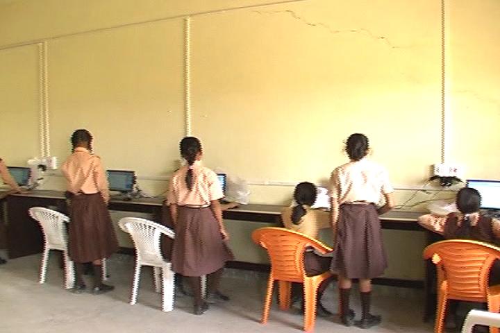 Pragya Niketan Public School-Computer Lab