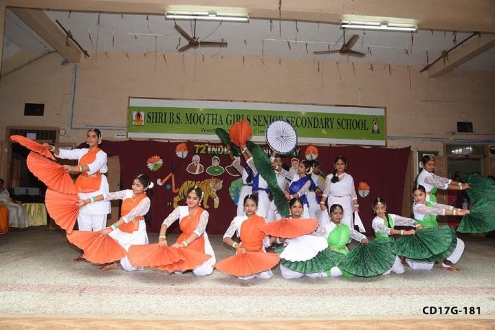 Shri B.S.Mootha Girls Senior Secondary School- independence day