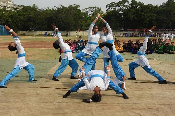 Shri B.S.Mootha Girls Senior Secondary School- sports day
