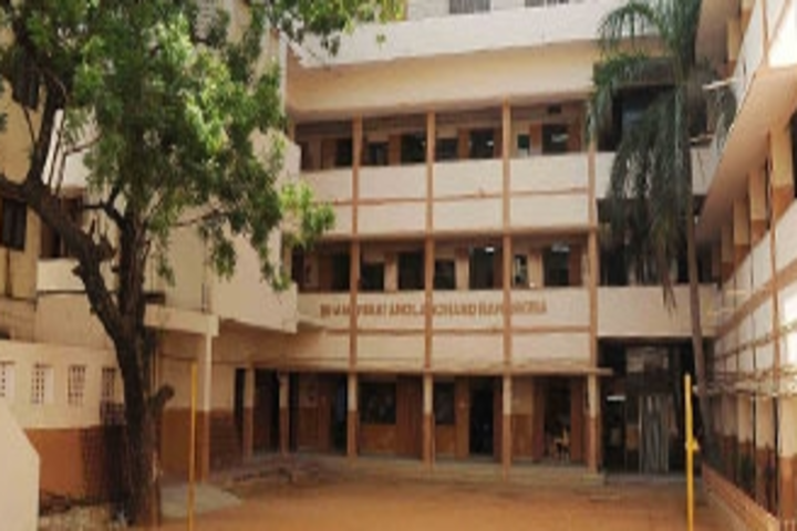 Shri B.S.Mootha Girls Senior Secondary School- School Building