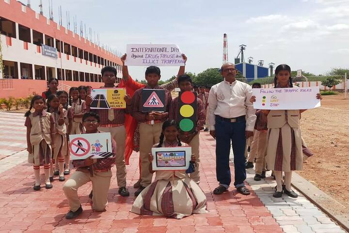 Shri Jayendra Vidhyalaya - trafic Awareness