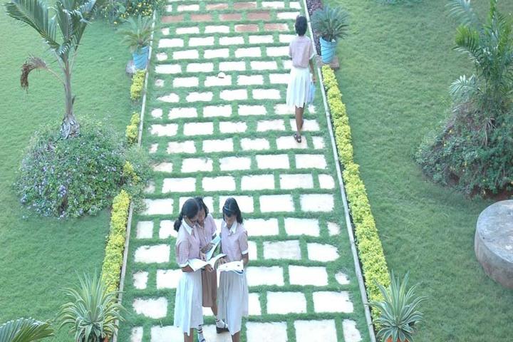 Shrishti Vidyashram - Campus