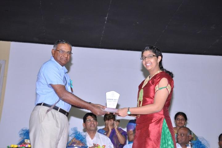 Sishya School - award