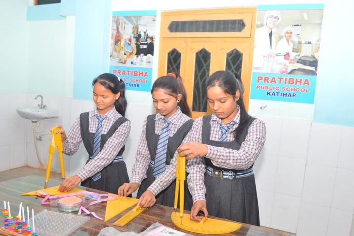 Pratibha Public School-Maths Lab