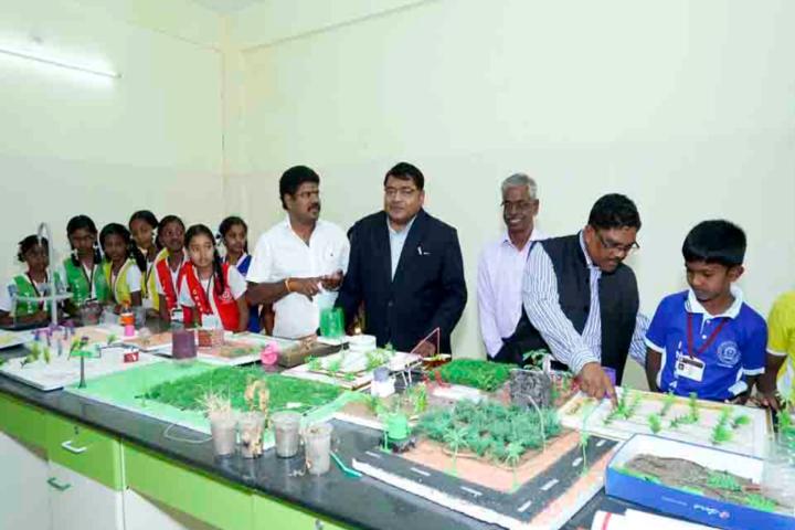 Sri Narayani Vidyashram School-Bio-Lab-1