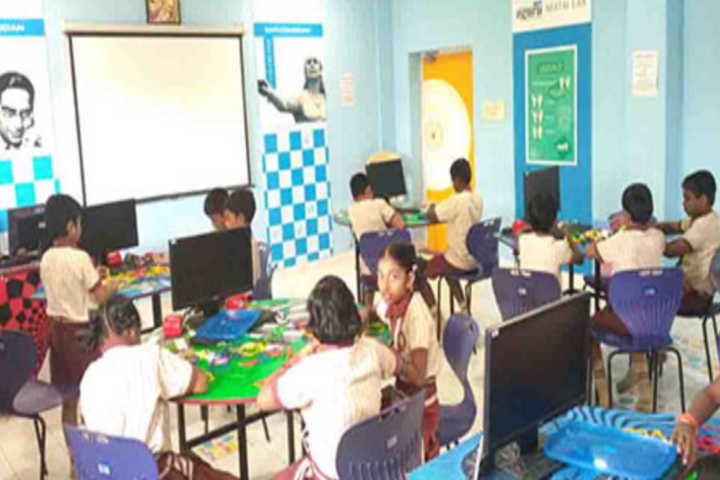 Sri Narayani Vidyashram School-Kids classroom