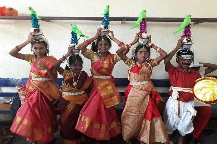 Sri Raja Vidya Vikaas School-dance