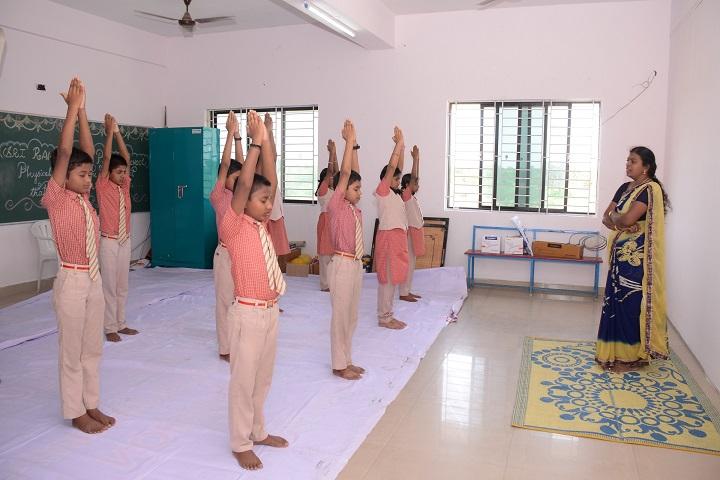 Sri Ramakrishna Public School-Yoga