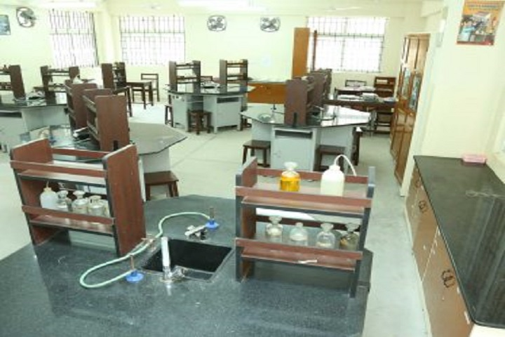 Sri Sankara Senior Secondary School-Chemistry Lab